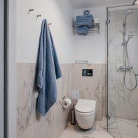 Apartament-blue-debina-kolo ustki-lazienka